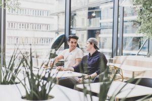 Problemy komunikacyjne personelu – jak im zaradzić?